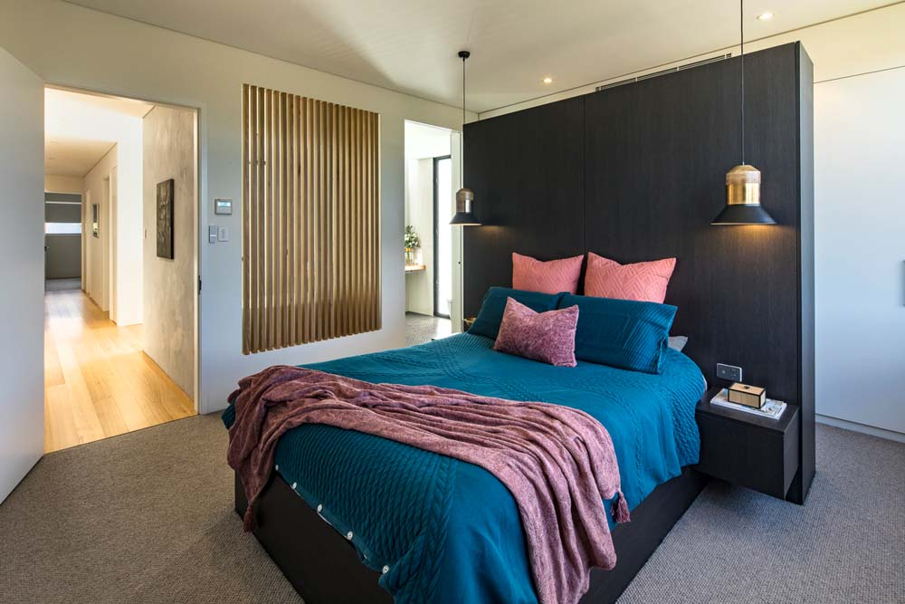 residential builders - construction company sydney Home renovation - Cronulla Duplex - Bedroom renovation with woodwork and carpeting - Clockworks Constructions
