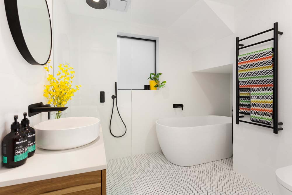 Balmain Bathroom renovation - Bath and shower area - Clockwork Constructions