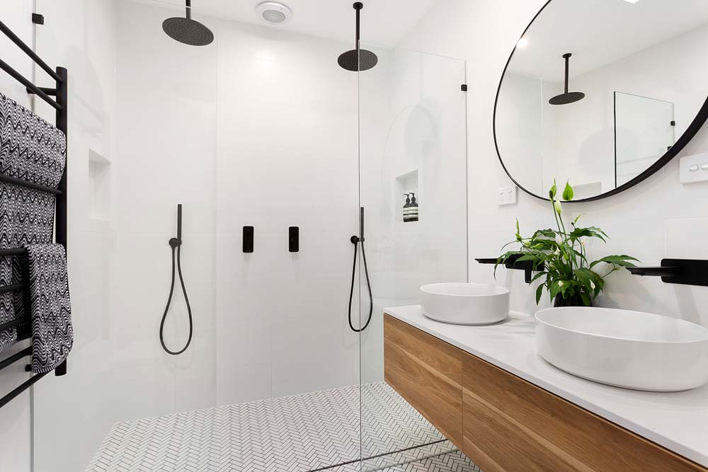 Balmain Home Renovation - Bathroom with modern fittings - Clockwork Constructions