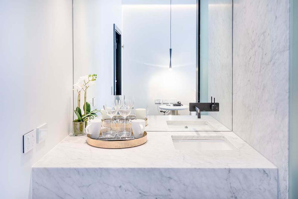 Castlereagh boutique hotel - Hospitality renovation - Bathroom renovation with marble fitting